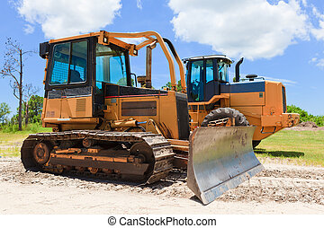 Bull Dozer - Bulldozer on job