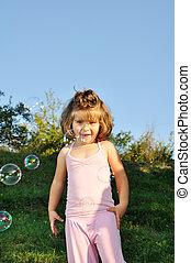 bulles, petite fille, savon