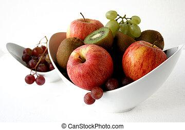 bunch of fruits in d