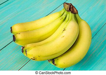 Bunch of healthy bananas