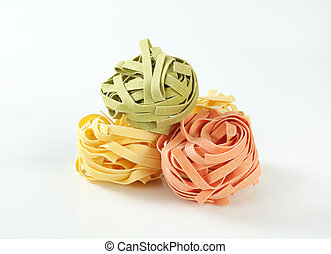 dried ribbon pasta