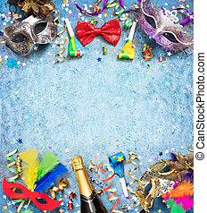 bunte, kirmes, hintergrund, mit, luftschlange, party, konfetti, und, masken