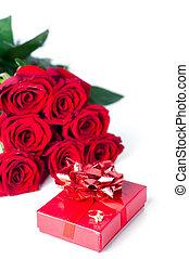 buquê rosas, e, caixa presente