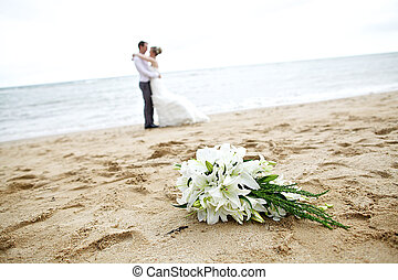 buquet, par, casamento praia