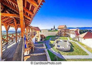 burcht, romania:, marienburg, feldioara, transylvania, ...