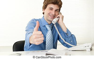 bureau affaires, téléphone, bureau, utilisation, homme, intelligent, heureux
