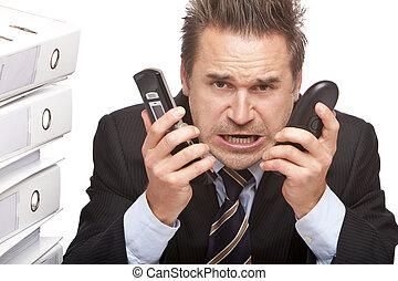 bureau, business, deux, téléphones, pleurer, accentué, homme