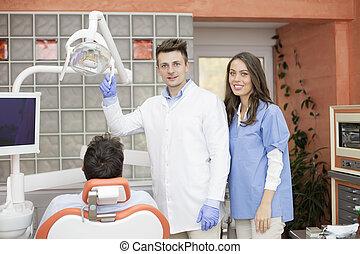 bureau, dentaire,  chekup, jeune, dentiste, avoir, homme