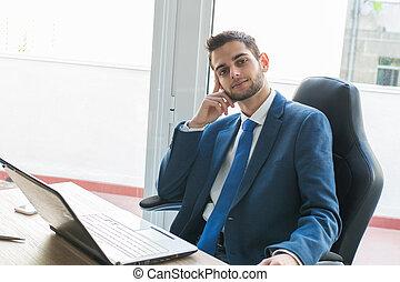 bureau, homme affaires, informatique