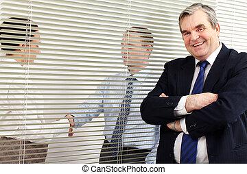 bureau, patron