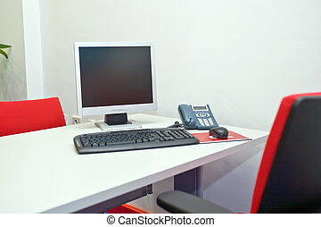 bureau rouge