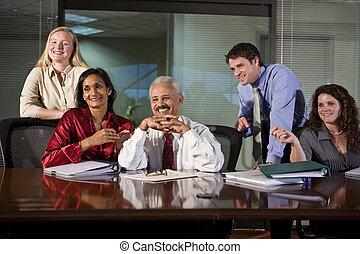 bureau, salle réunion, groupe, ouvriers, multi-ethnique