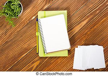 Brun bureau tablette fourniture sommet bois tasse pc - Telecharger un bloc note pour le bureau ...