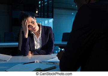 bureau, tendu, séance, femme affaires
