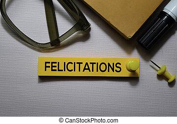 bureau, texte, notes, isolé, collant, felicitations, bureau