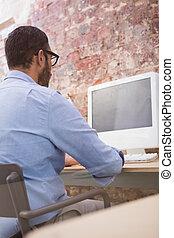 bureau, utilisation ordinateur, homme affaires