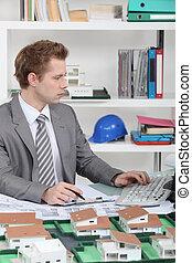 bureau, zijn, architect, jonge, zittende