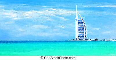 Burj Al Arab hotel on Jumeirah beach in Dubai - DUBAI, UAE-...