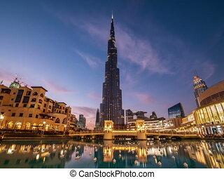 Burj Khalifa in Dubai timelapse