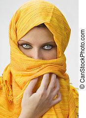burka, gelber