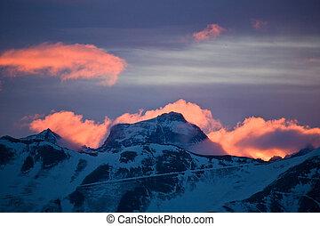 Burning mountain