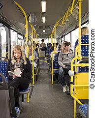 bus, mensen