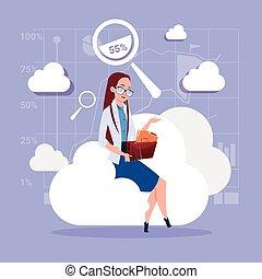busca, negócio mulher, base dados, sentando, armazenamento, dados, nuvem