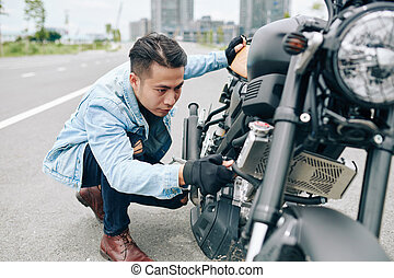 buscando, funcionamiento defectuoso, biker