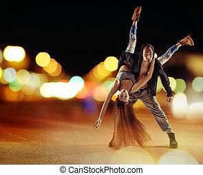 buse, höft hoppa, grabb, dansande, med, hans, flickvän