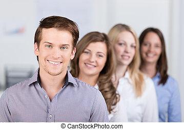 business, éditorial, directeur confiant, équipe, ou