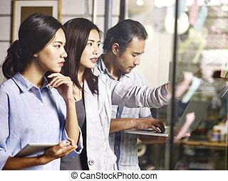 business, asiatique, bureau, fonctionnement, équipe