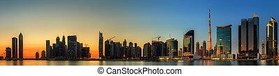 Business bay of Dubai, UAE - Panoramic view of Dubai ...