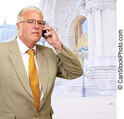 business, conversation, téléphone portable, homme mûr
