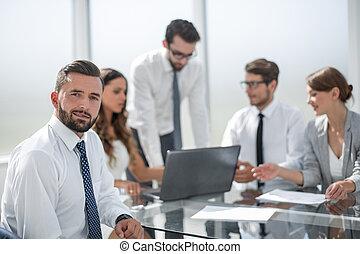business, fonctionnement, tient, team., homme affaires, réunion