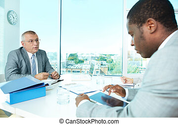 Business interaction - Portrait of business people ...