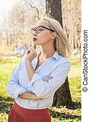business, parc, jeune, portrait., femme, dehors, femme, modèle