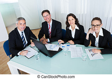 Business, réunion, statistique, analyse