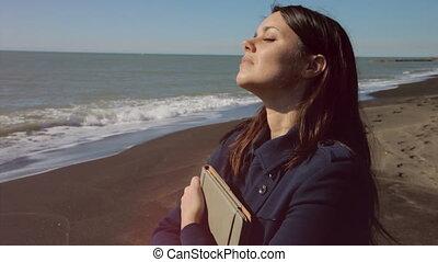 Business woman enjoying sun