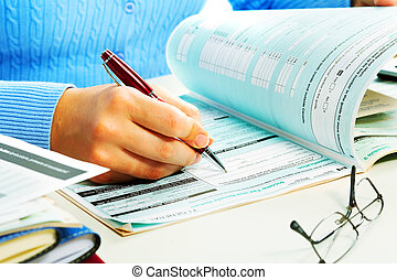 Business woman filling document. - Hands of business woman ...
