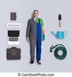 Businessman and gardener dolls comparison