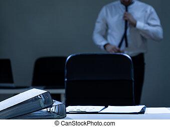 Businessman preparing to work