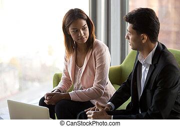 businesspeople, вместе, вести переговоры, проект, разнообразный, брифинг, discussing