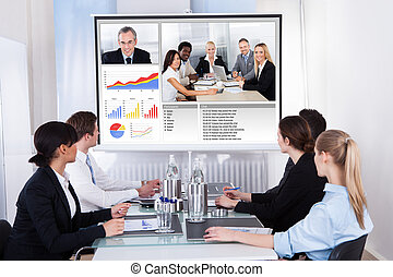 businesspeople, 中に, ビデオ会議, ∥において∥, ビジネスが会合する