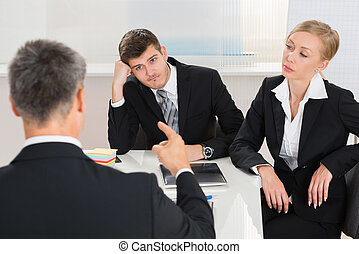 businesspeople, 持つこと, 議論, 仕事場
