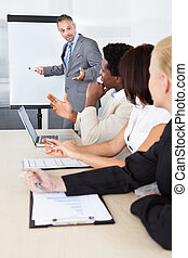 businesspeople, anschauen, mann, erklären