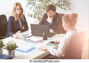 businesspeople, på arbete
