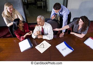 businesspeople, salle réunion, table, multi-ethnique, réunion