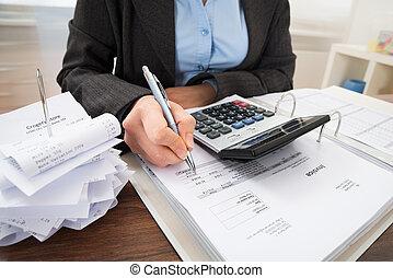 businessperson, calcolatore, effetti