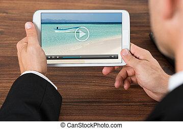 businessperson, karóra video, képben látható, mobile telefon
