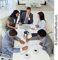 businessteam, arbete, hög, möte, synvinkel